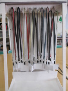 遠州綿紬のネームストラップ