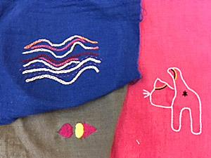 刺繍とガーゼ ハンカチーフ